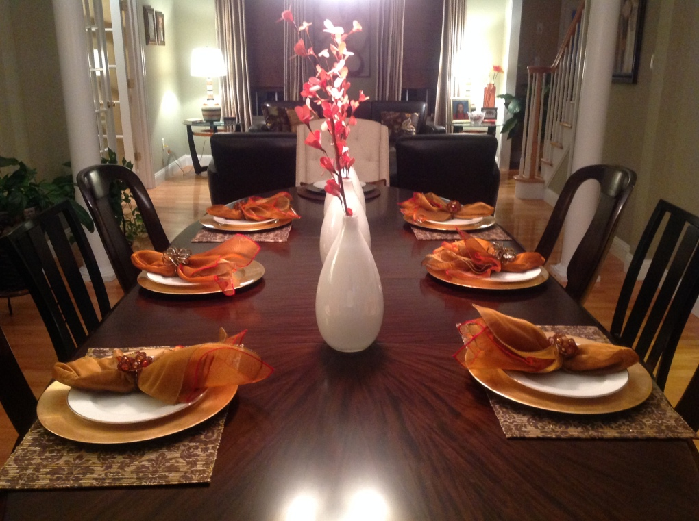 Usually this table is set for the family elders.  My cousins and I got to  eat at the big table this year.