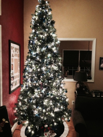 Family room Christmas tree